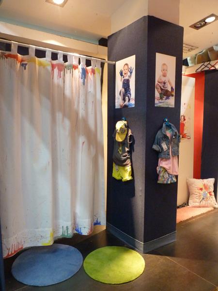 Pop-up store di pinto di blu. Espais creatius. Andrea Alcalá