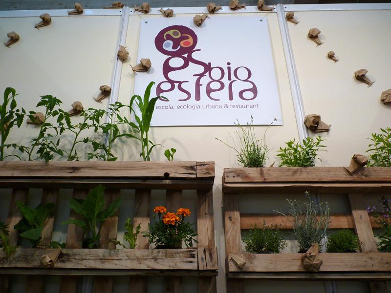 Stand Esbiosfera a Biocultura. Espais creatius. Andrea Alcalá